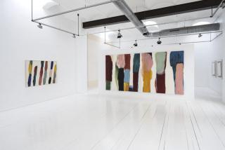 """Vista de la exposición """"What's Color?"""" de Claudia Valsells — Cortesía de Miquel Alzueta"""