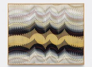 Abraham Palatnik. W-MA 3, 2019. Tinta acrílica sobre madeira. 70 x 80 cm. Cortesia do artista e Galeria Nara Roesler.