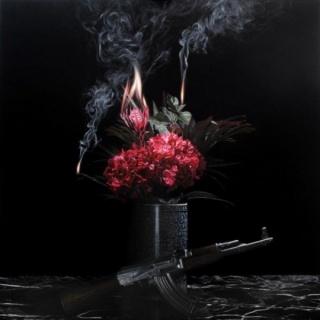 Alejandro Monge, Still life by Kalashnikov, 2015. Óleo sobre tela, 150x150cm