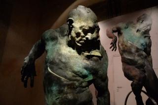 Grzegorz Gwiazda, 'Cyclist' (bronce) – Cortesía del Museo Europeo de Arte Moderno (MEAM)