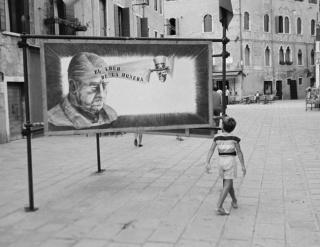 Carlos Saura, autorretrato múltiple en Berlín, 1994 — Cortesía de La Fábrica