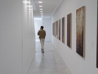 Christodoulos Panayiotou « The portrait of Christopher Atkins » vue d'exposition au CCC OD, Tours, France, juillet 2021 © Photo : Mathis André, CCC OD - Tours