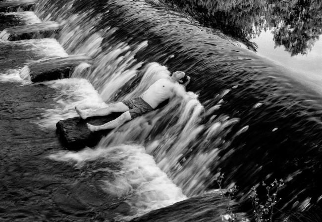 Jorge Represa, Jaime, Valsaín, Segovia, España, 2007. Impresión Glicée a base de tintas pigmentadas sobre papel ate Fine Art. Archivo digital, 58x76 cm. — Cortesía del Museo Esteban Vicente