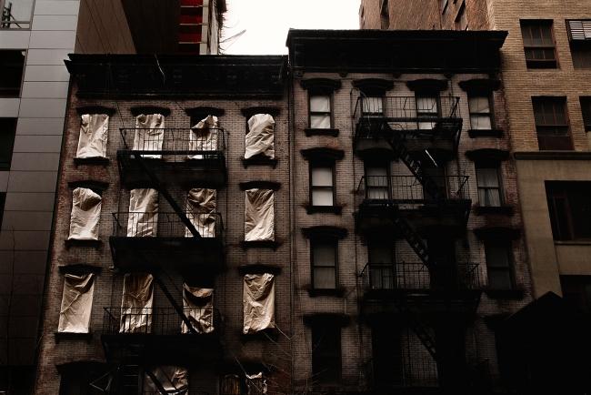 Jorge Represa, New York Building, Nueva York, 2016. Impresión Glicée a base de tintas pigmentadas sobre papel ate Fine Art. Archivo digital, 68x102 cm. — Cortesía del Museo Esteban Vicente