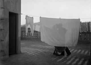 © Antoni Arissa, El beso, c. 1930