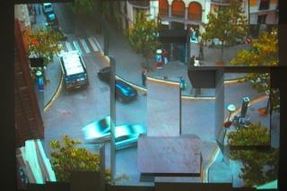Michael Snow La esquina de las calles Braque y Picasso (The Corner of Braque and Picasso Street), 2009 Proyección continua con de imágenes en directo, muda Cámara con control remoto y pedestales de madera Dimensiones variables Cortesía Ángels Barcelona. C