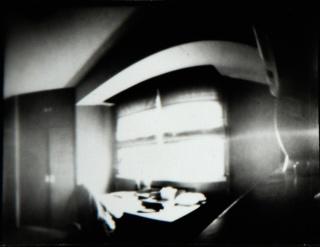 Enrique Lista, Sin título. Fotografía estenopeica — Cortesía de INTERSECCIÓN. Contemporary Audiovisual Art Festival