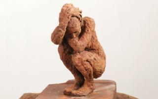Teresa Riba. Tancament II, bronze — Cortesía de Anquin's. Galería de arte
