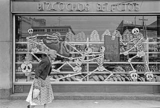 Bob Schalkwijk, Bizcochos selectos, Ciudad de México, octubre de 1963. Cortesía del artista & FotoMéxico 2017