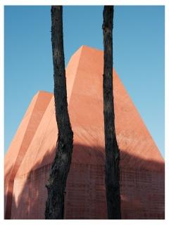 Poesia Mineral #1 - Casa das Histórias -  Ink jet Digigraphie print mounted on Diasec 200x150 cm. – Cortesía de Nuno Cera
