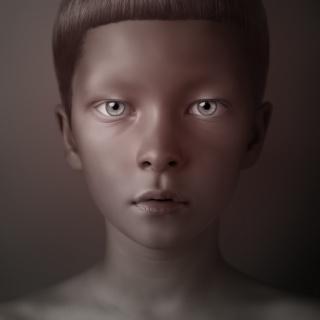 Oleg Dou, Sergei, 2008, C-print Acrylic mounted, 120 x 120 cm  Ed. 8 — Cortesía de la Galería Senda