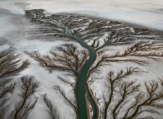 Edward Burtynsky, Colorado River Delta #2, Near San Felipe, Baja, Mexico, 2011. Courtesy of the artist and Nicholas Metivier Gallery, Toronto.