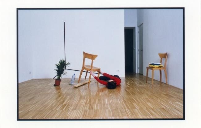 "Mette Edvarsen, ""Private Collection"". Foto: Ilse Joliet – Cortesía del MACBA"