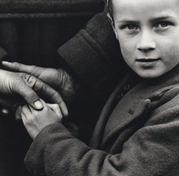 Dorothea Lange. Campesinos irlandeses. 1954 © Dorothea Lange Collection. Oakland Museum, California. Colección Lola Garrido