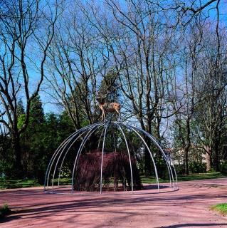 Mario Merz, Untitled, 1998. Fundação de Serralves, Porto, 1999. Courtesy Fondazione Merz, Turin. Photo: Rita Burmester