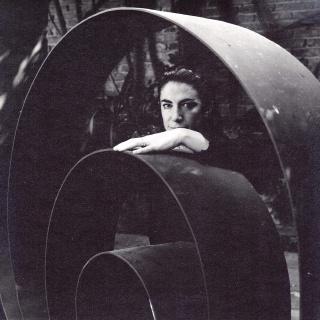 Ángela Gurría by Kati Horna, 1970