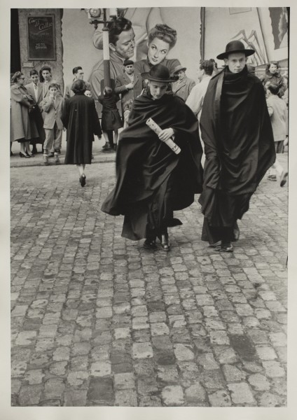 Inge Morath, Madrd. Gran Via, 1955, gelatina de revelado químico