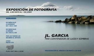 JL. García. Mar contenedor de luces y sombras