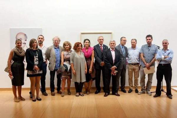 Fotografía de los premiados y de los miembros del jurado
