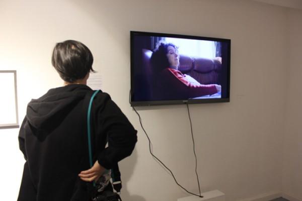 Exposición Degenero. Fotografía: Melanie López. Obra: La Casa, de Camino Laguillo