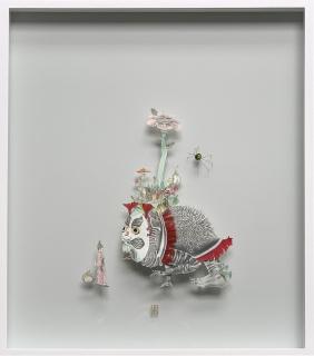 Teresa Currea, conociendo a Daruma, 2021, técnica mixta sobre papel, 78 x 68 x 6 cm.