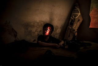 Yael Martínez. Luna de sangre, de la serie. La casa que sangra – II Raíz rota, 2015. Cortesía del artista