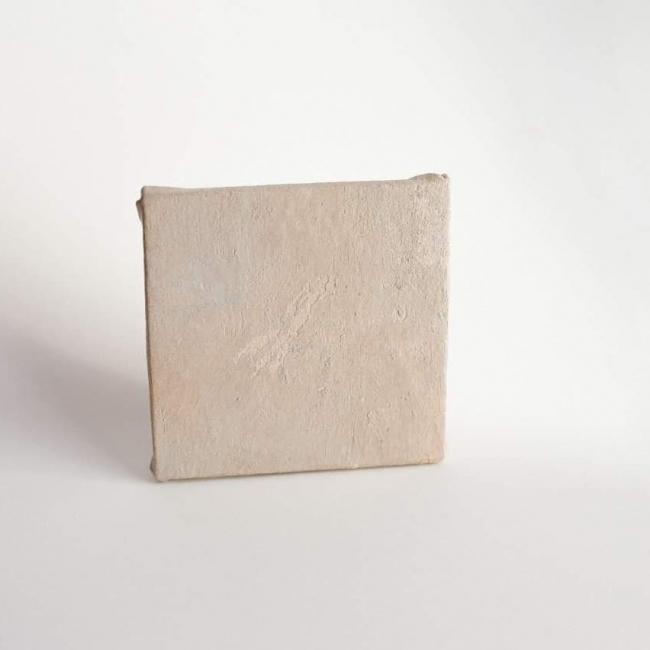 "_ , hendidura""  19,5 x 19,5 cm. / Lur Carrasco"