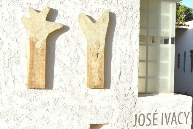 José Ivacy - Poetics of Time