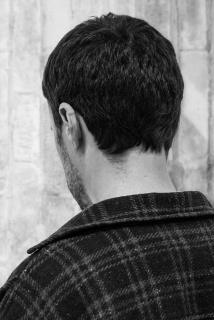 "Pedro Barateiro, ""Back to Back (b2b)"", 2019, Impressão fotográfica a jato de tinta sobre Ilford Perla montado em PVC 5mm | Inkjet print on Ilford Perla mounted on 5mm PVC, 60 x 40 cm. — Cortesía de Galeria Filomena Soares"
