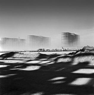 Marcel Gautherot. La Explanada de los Ministerios en construcción, c. 1958 © Marcel Gautherot