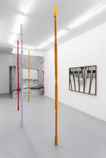 Joanna Piotrowska. Vista de la exposición — Cortesía de Madragoa