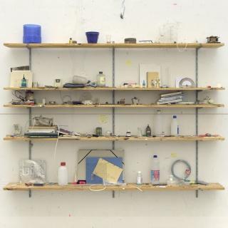 Manuel Franquelo, Things in a room (Untitled 2), 2014,  fotografía sobre aluminio, ed. de 3 y 2PA, 220x220 cm. — Cortesía de la Galería Marlborough
