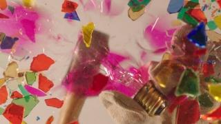 Immagine: Mika Rottenberg, Untitled Ceiling Projection (video still), 2018, Installazione video a canale singolo con sonoro / Single-channel video installation with sound, ca. 7', Edizione di 5 con 1 variante dell'artista / Edition of five with one artist