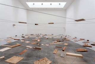 Kishio Suga, Left-Behind Situation (Shachi J?ky?), 1972/2012. Installation view at Blum & Poe, Los Angeles, 2012. Courtesy of the artist and Blum & Poe, Los Angeles/New York/Tokyo. Photo: Joshua White