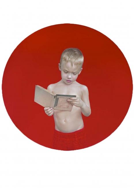 Salustiano, Juanito leyendo, óleo sobre lienzo – Cortesía de Stoa Galería de Arte