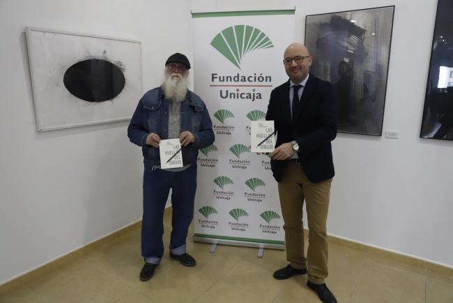 Imagen de la presentación, con José Medina y Francisco Jurado, de la II Bienal de Dibujo Contemporáneo 'Las Huellas del Dibujo'