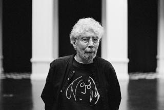 Néstor Olhagaray. Fotografía de Benjamín Matte — Cortesía del Museo de Arte Contemporáneo (MAC)