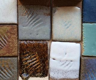 mosaico de vidriados de ceniza