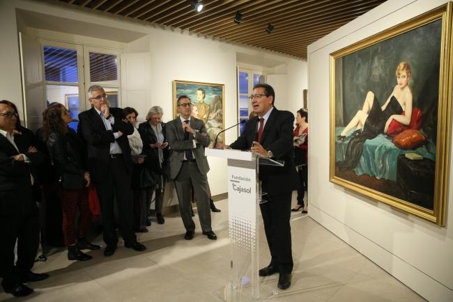 Antonio Pulido, presidente de la Fundación Cajasol, inaugura la nueva sala de exposiciones de la fundación — Cortesía de la Fundación Cajasol