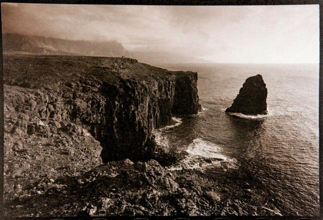 The Cliff (Gran Canaria, 2011) © Oskar Ohlson — Cortesía del Institut d'Estudis Fotogràfics de Catalunya (IEFC)