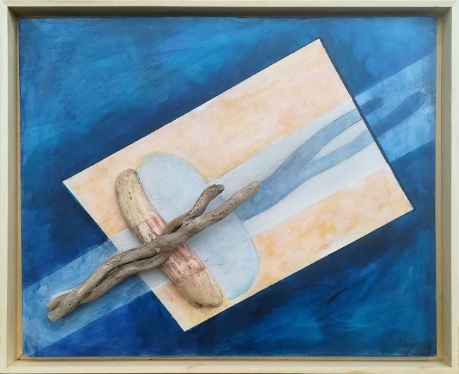 """Jon Barredo, """"Ella al Sol"""", 65x53 cm, acri?lico y objetos encontrados sobre okume (Foto: Jon Zurimendi)"""