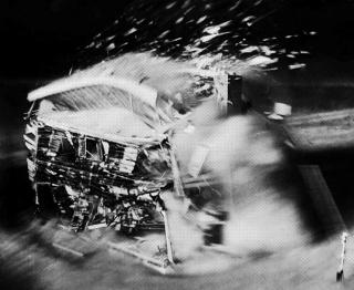 João Louro a partir de imagem Nevada Nuclear Test , 1953 (Courtesia LIFE Magazine's Archives) — Cortesía del MAAT