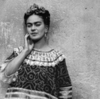 Frida Kahlo. Fotografías de Leo Matiz en La Casa Azul