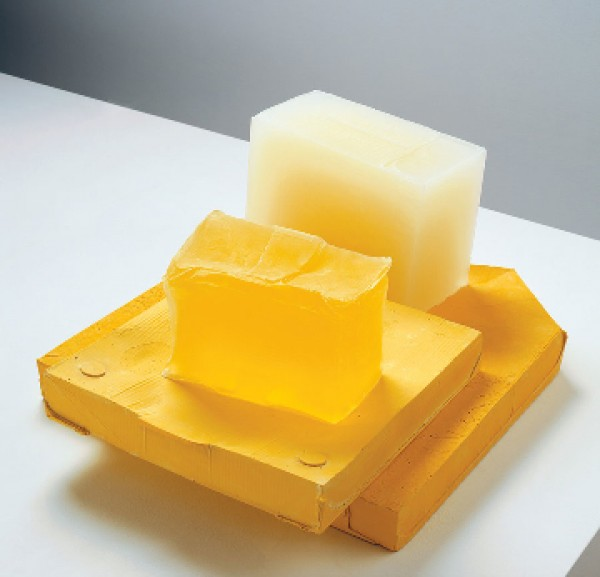 Rachel Whiteread, YELLOW EDGE, 2007–08. Cortesía de la artista y la galería. Foto by Mike Bruce