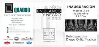 Diego Ortiz Mugica, 35 años en blanco y negro y gris