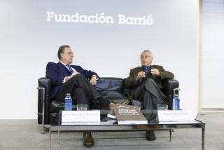 José María Arias Mosquera, presidente de la Fundación Barrié, y Manuel Gallego en la presentación a medios de comunicación © Fundación Barrié