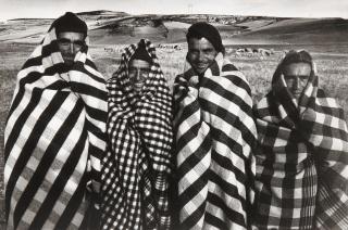 Ramón Masats, Campesinos castellanos (1964) — Cortesía de la Real Academia de Bellas Artes de San Fernando