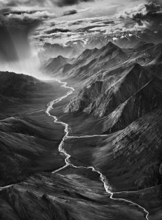 Región oriental de la cordillera de Brooks. Refugio Nacional de la Fauna y la Flora del Ártico. Alaska (Estados Unidos). 2009. © Sebastião Salgado/Amazonas Images/Contacto