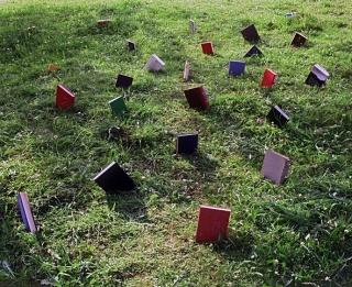 Alicia Martín, Jardines V, 2003. Fotografía color, 124x154 cm. — Cortesía de la Galería Lucía Mendoza