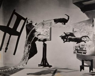 Dalí Atomicus, 1948. @ 2013 Philippe Halsman Archive Magnum Photos. Images Rights of Salvador Dali reserved